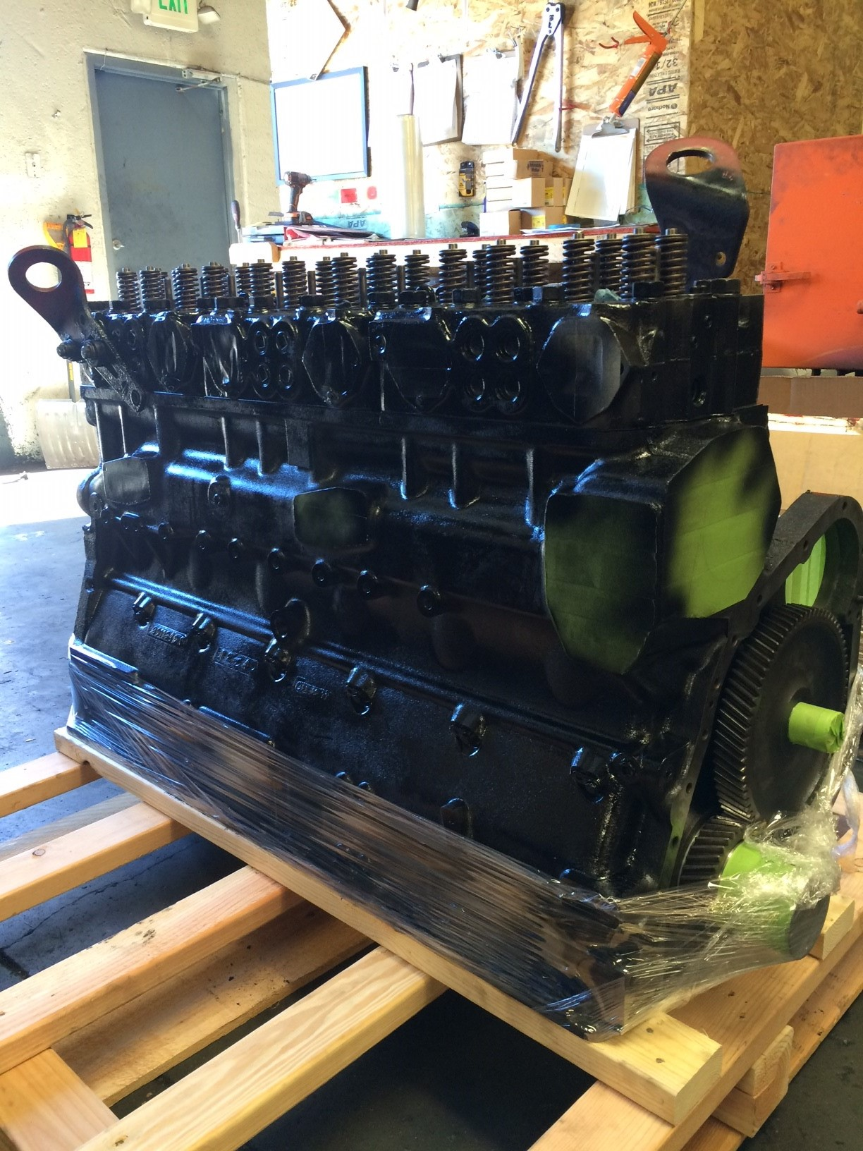 Cummins 855 Big Cam Remanufactured Engine