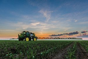 John Deere 4045 Sprayer 2