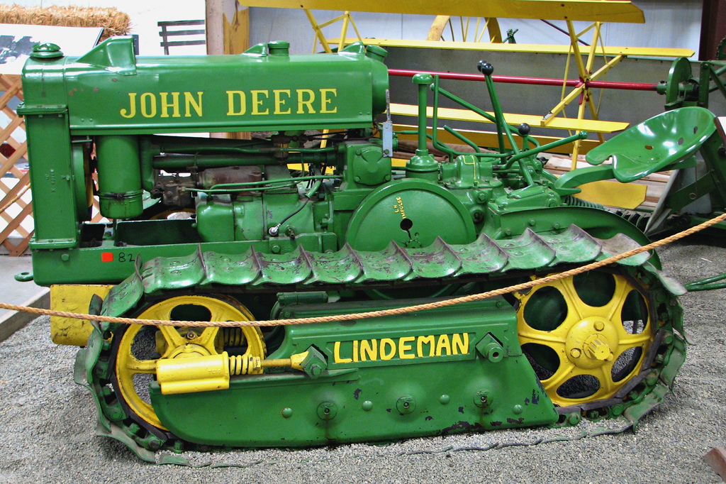 Old Antique Jd Crawlers : John deere history odd facts about